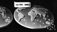 """Bis sie von der Erde purzeln: Aus Bernhard Grzimeks """"Kein Platz für wilde Tiere"""" (1956)"""
