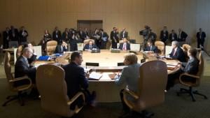 G-8-Staaten helfen Kindern
