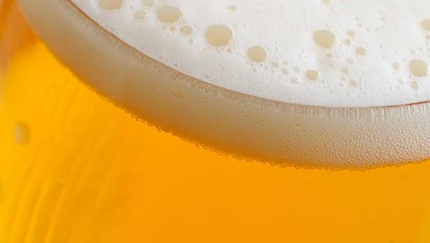 EU genehmigt Fusion der Biergiganten mit Auflagen