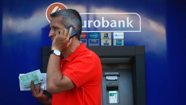 Griechen räumen ihre Konten