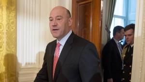 Trumps Top-Berater erschreckt die Bankenbranche