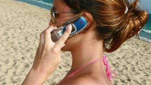 Handygespräche im Ausland werden günstiger