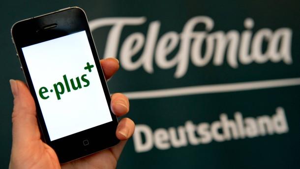 Monopolkommission fordert mehr Wettbewerb im Mobilfunk