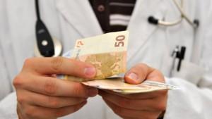Streit über die Hausarztverträge