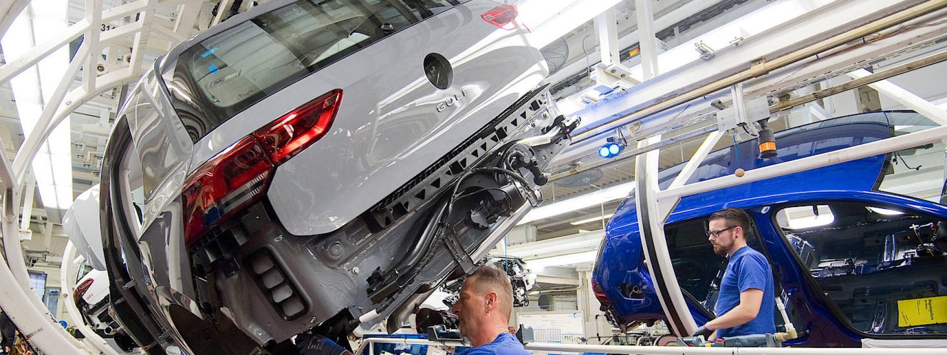 Wieder Kurzarbeit bei VW und Daimler