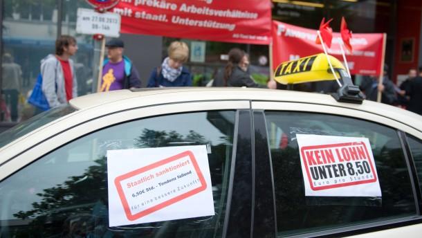 Taxifahrer für Mindestlohn
