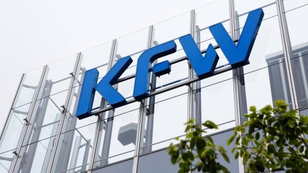 Gewinn der KfW halbiert sich