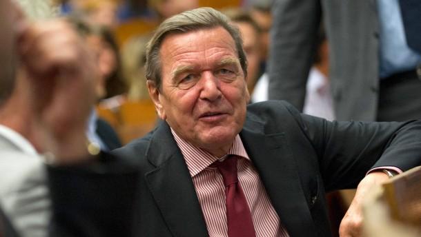 Bilanz 10 Jahre Agenda 2010 - Gerhard Schröder