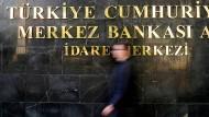 Stürmische Zeiten für die türkische Notenbank in Ankara.