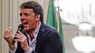 Der frühere Premierminister Matteo Renzi während einer Buchpräsentation