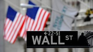 Dow Jones knackt erstmals Marke von 17.000 Punkten