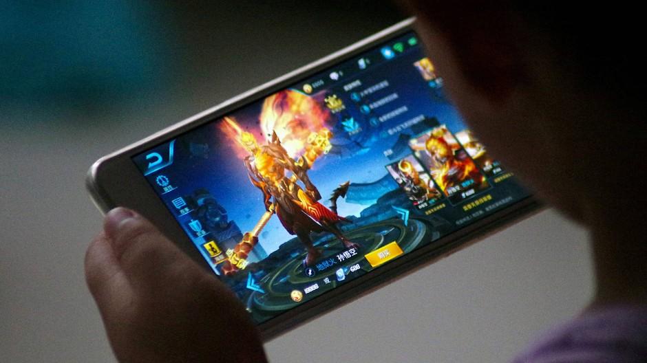 Tencent: Chinas Internet-Nummer-Eins verdient Milliarden