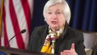 Fed bereitet zaghaft Zinserhöhung vor