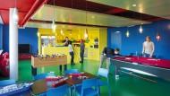 """Schön bunt und schön attraktiv: """"Lego Lounge"""" im Büro von Google in Zürich in der Schweiz."""