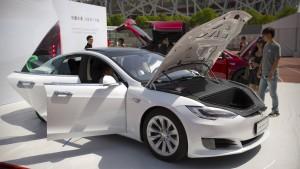 Tesla verdoppelt Umsatz