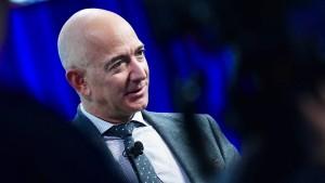 Inder mobilisieren gegen Amazon-Gründer Jeff Bezos