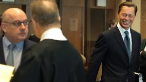 Zwei frühere Duzfreunde vor Gericht