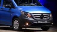 Das Kraftfahrt-Bundesamt hat einen Rückruf der Diesel-Vitos angeordnet.