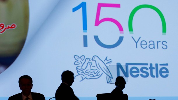 Nestlé nimmt im Sommerquartal Fahrt auf