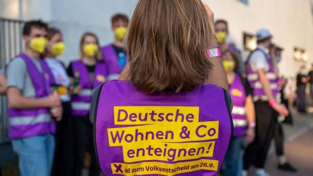 Berliner stimmen Enteignung großer Wohnungskonzerne zu