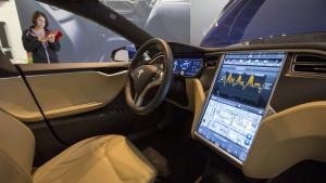 Jetzt auch Tesla-Auto gehackt