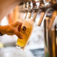 """Prost! Dieses Bier kommt aus einer winzigen Brauerei namens """"Braustil"""" in Frankfurt."""