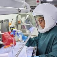 Rund um die Welt suchen Forscher nach einem Impfstoff gegen das neuartige Coronavirus.