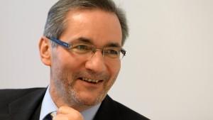 Platzeck soll Lufthansa-Tarifkonflikt schlichten