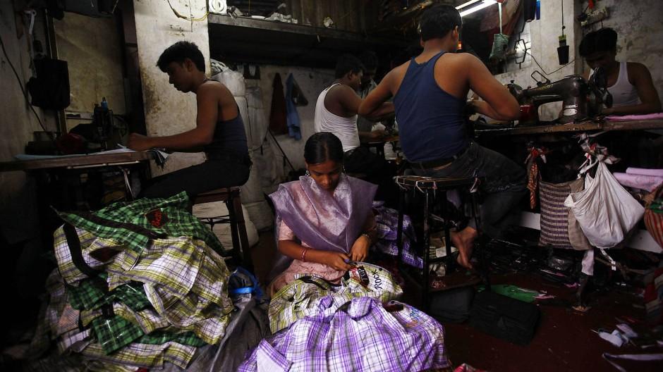 Mit Mikrofinanzkrediten können auch kleinere Geschäfte wie Textilunternehmen gegründet werden.