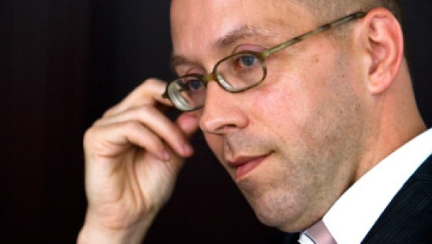 Schäuble behält Asmussen