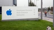 So sieht es am Eingang der EU-Zentrale von Apple in Dublin aus.