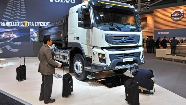 VOLVO: Talfahrt mit Lastwagen