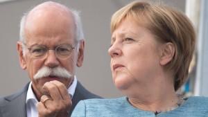 Merkel trifft sich am Sonntag mit Autobossen