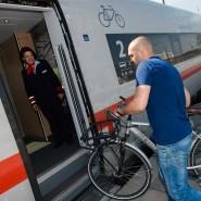 Mit dem Fahrrad in den ICE: Ab Herbst wird das in bestimmten Zügen möglich sein.