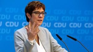 CDU-Chefin hinterfragt Heils neue Grundrente