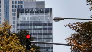 Die BHF-Bank wird französisch