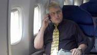 Handy klingelt im falschen Augenblick