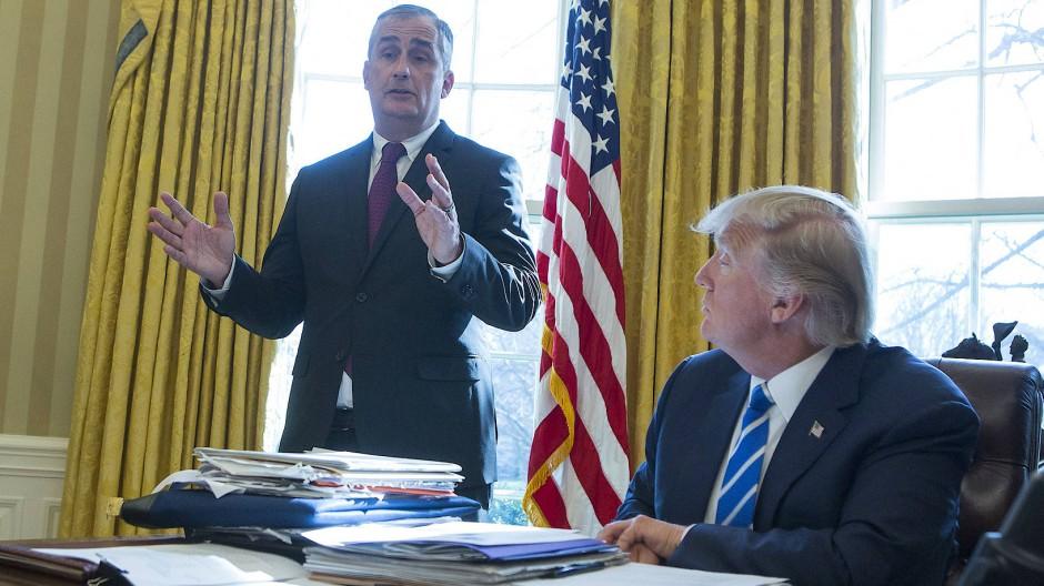 Donlad Trump: Immer mehr Konzernchefs wenden sich ab