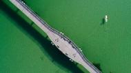 Die Seebrücke in Binz: An Ostern war hier nichts los (Foto), im Sommer soll das anders werden.