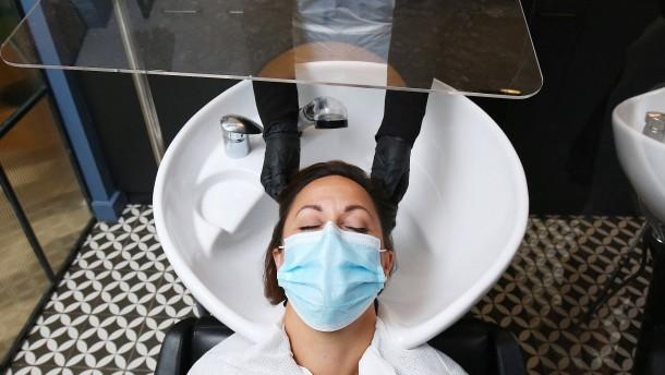 Friseure beklagen Umsatzeinbußen