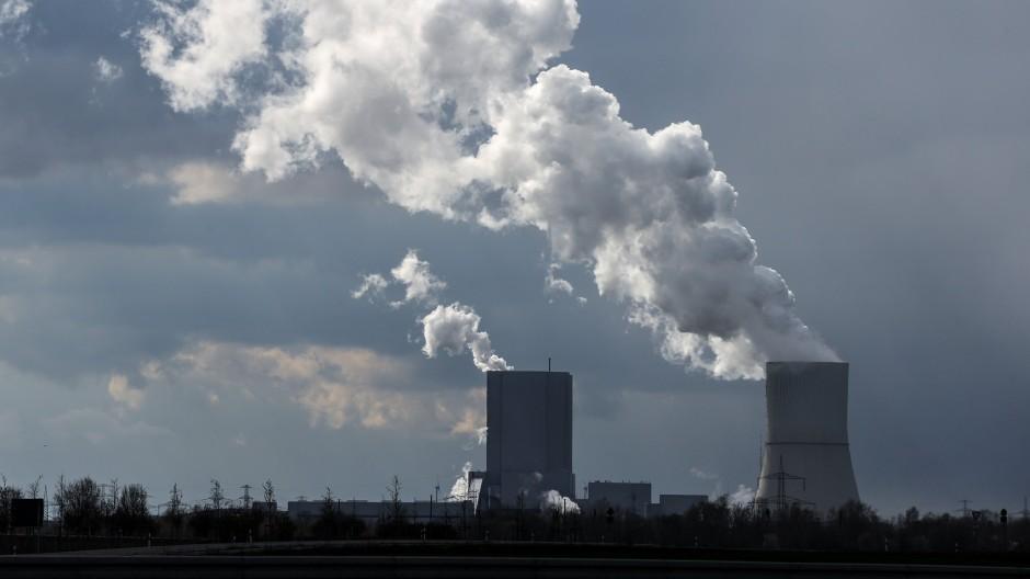 CO2 auszustoßen wird immer teurer.