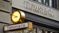 Der starke Dollar macht dem Edeljuwelier Tiffany zu schaffen