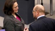 Was wird die Zukunft bringen? Andrea Nahles und Martin Schulz hoffen auf bessere Zeiten für die SPD.