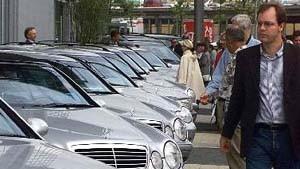Autokonjunktur in Deutschland im Juni erholt