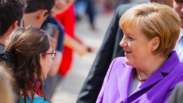 Jugendliche würden Merkel wählen