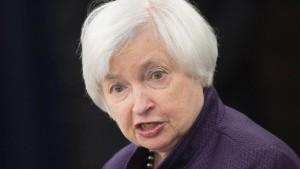 Amerikas Notenbankchefin signalisiert höhere Zinsen