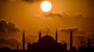 Dunkle Wolken über Istanbul: Nach der Lira-Krise zieht nun die Inflation nach.