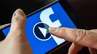Drei Viertel aller Facebook-Videos werden mobil abgespielt.