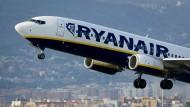 Eine Fluggesellschaft hebt ab: Ryanair rechnet mit 106 Millionen Fluggästen.