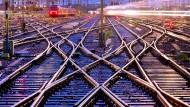 Trennt die Züge von der Schiene